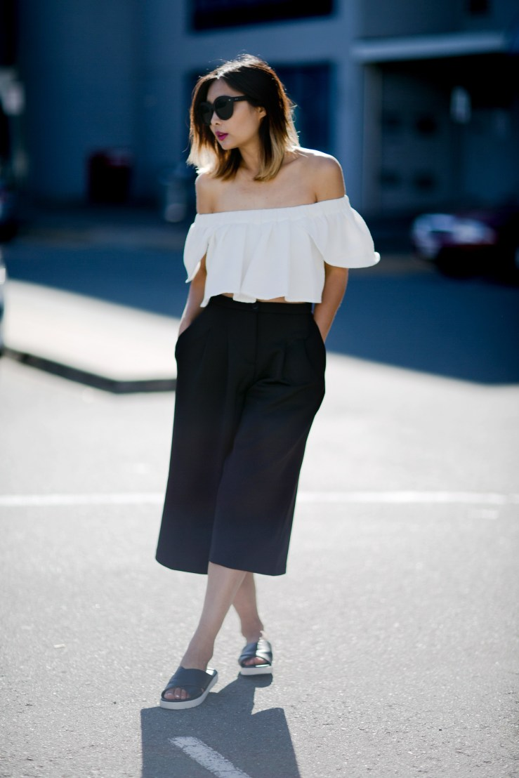 ps11-off-shoulder-top-culottes-slides-streetstyle-4-copy.jpg